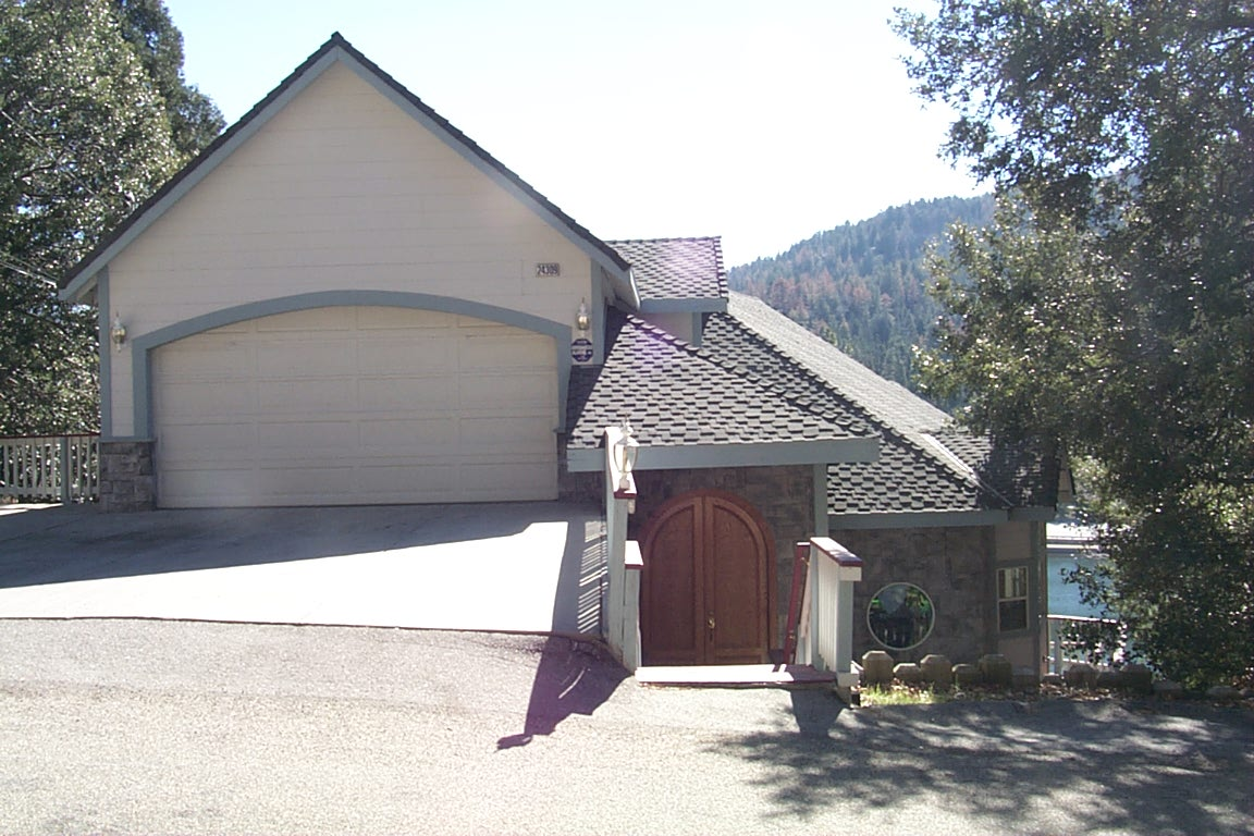 crestline holiday lake gregory view 4 bedroom home for rent